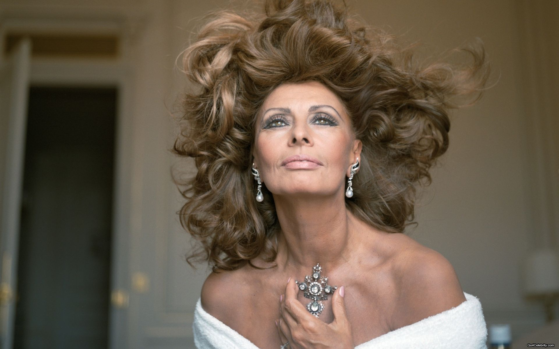 Sophia Loren Desktop wallpaper