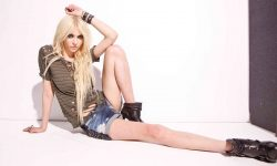 Taylor Momsen Download