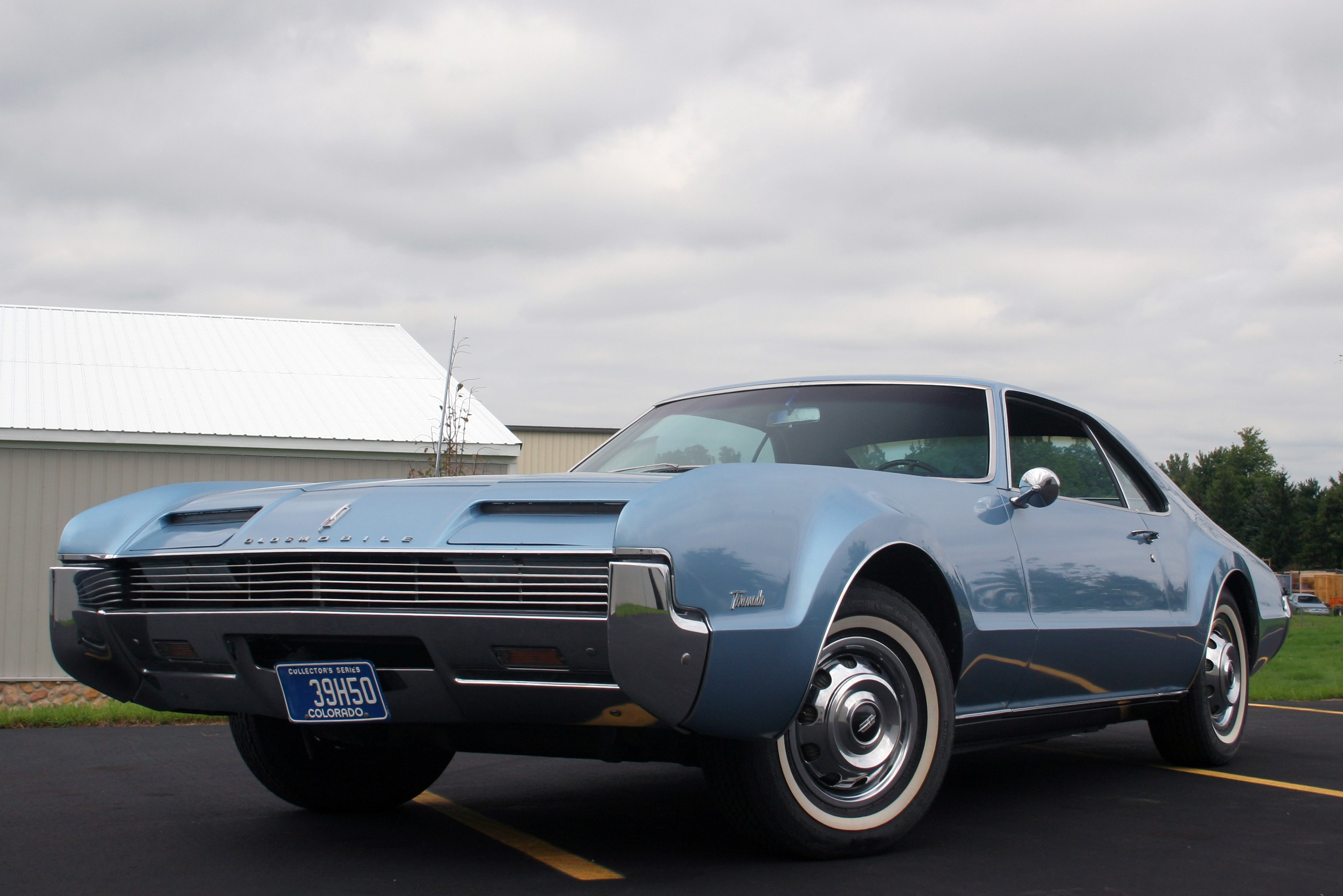 1966 Oldsmobile Toronado widescreen wallpapers