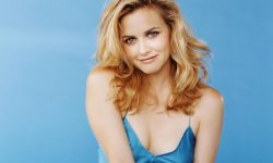 Alicia Silverstone widescreen wallpapers