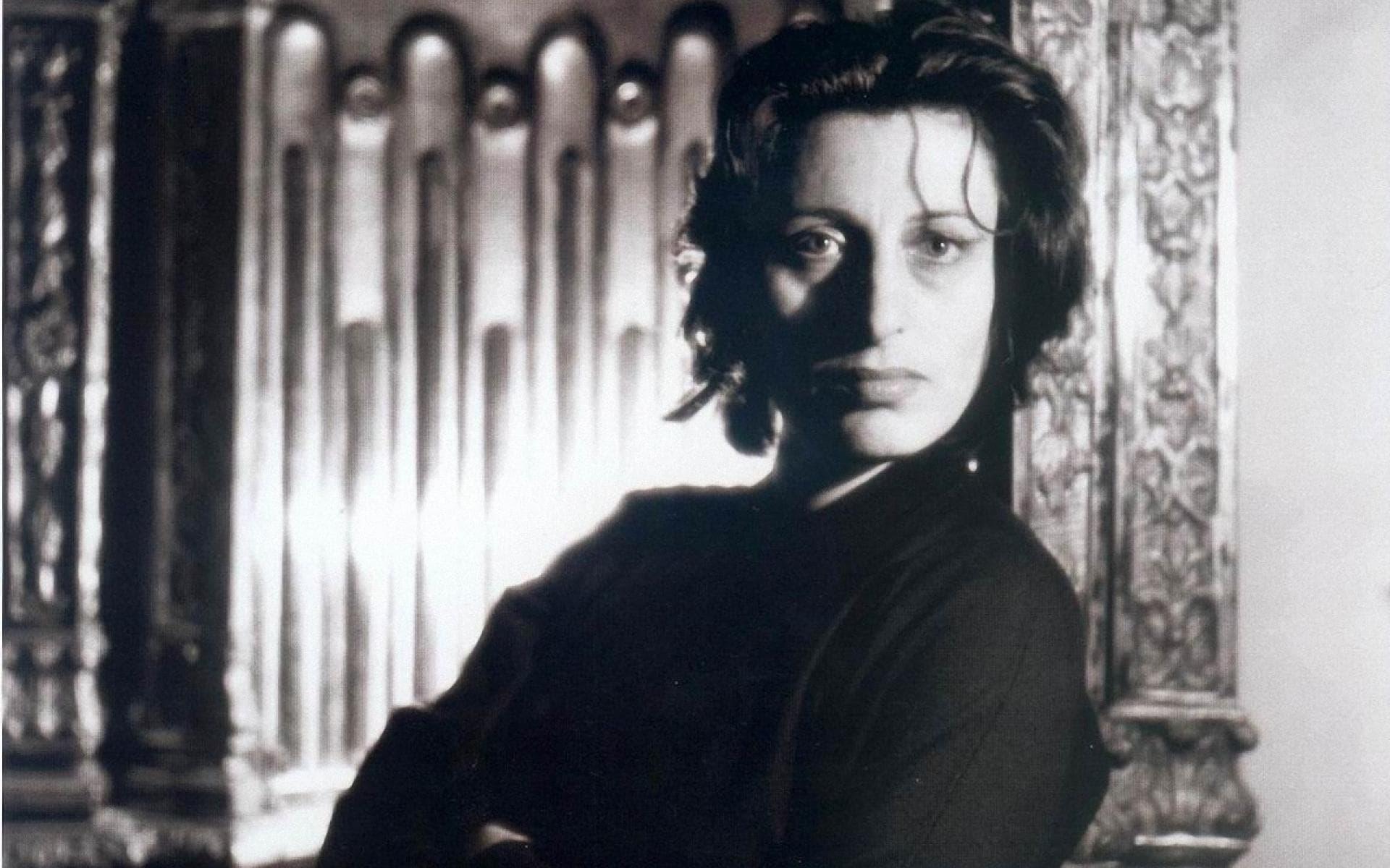 Anna Magnani widescreen wallpapers