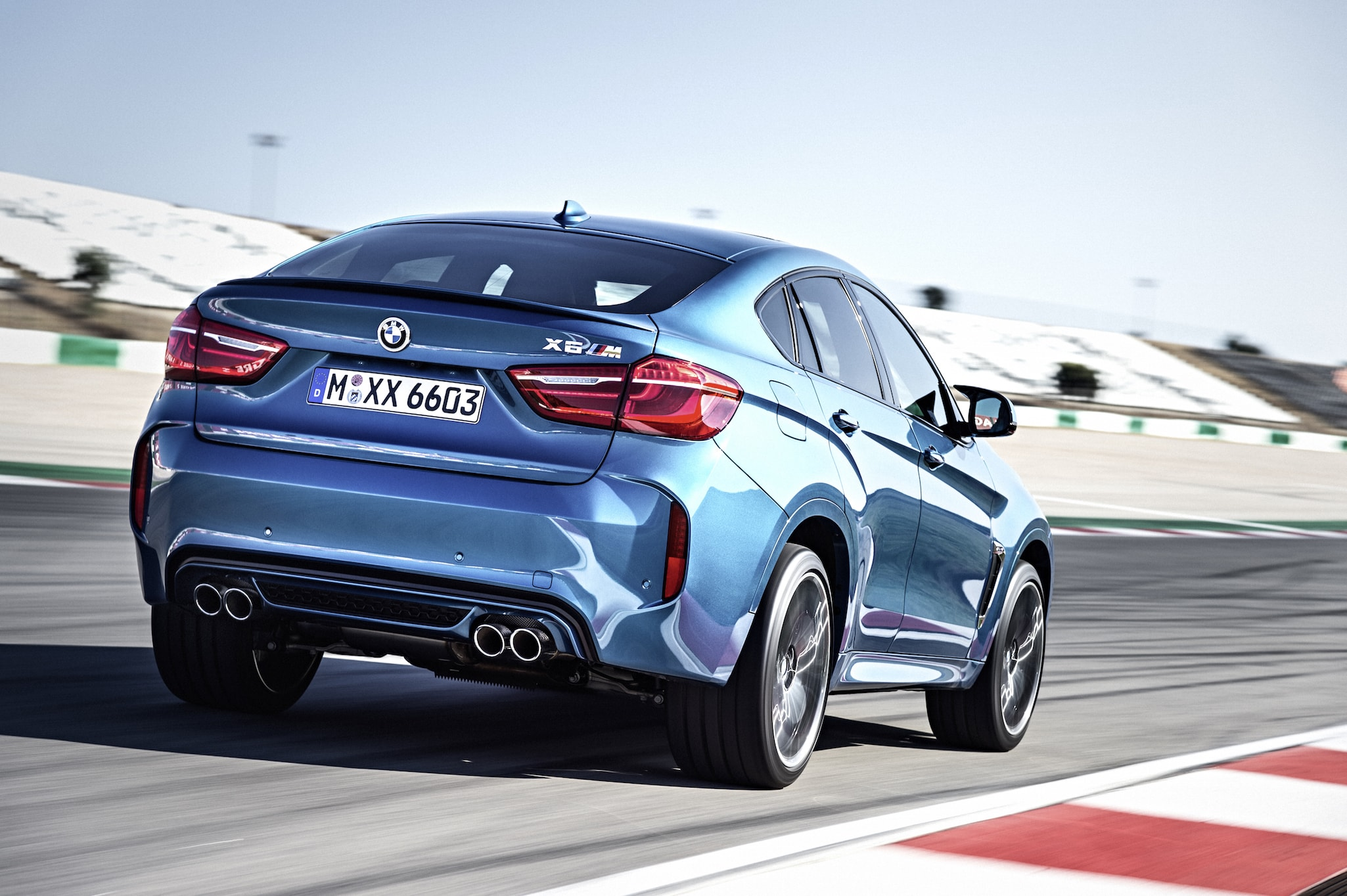BMW X6 M (F86) widescreen wallpapers
