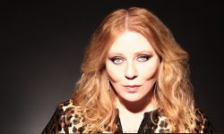 Bebe Buell widescreen wallpapers