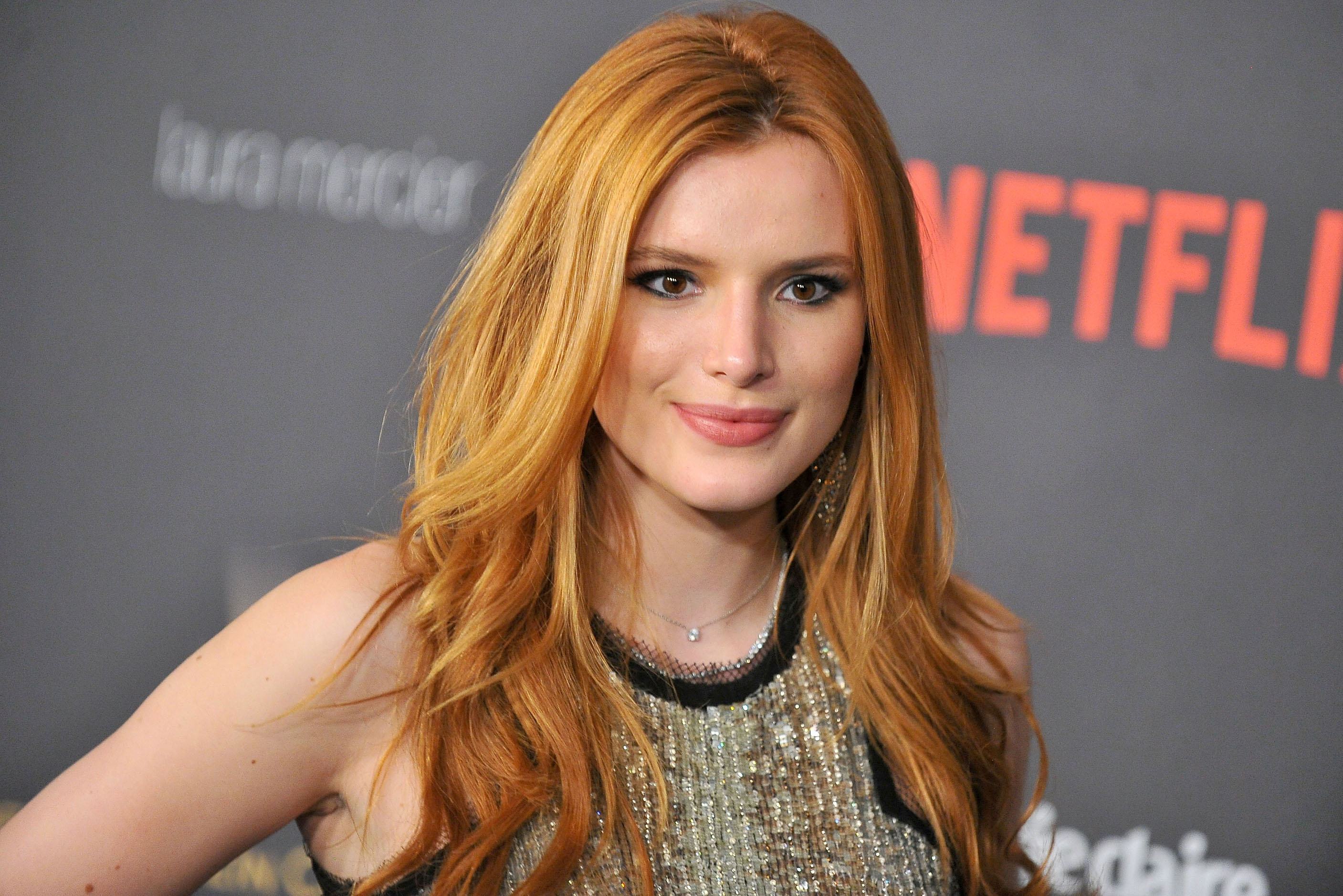 Bella Thorne widescreen wallpapers