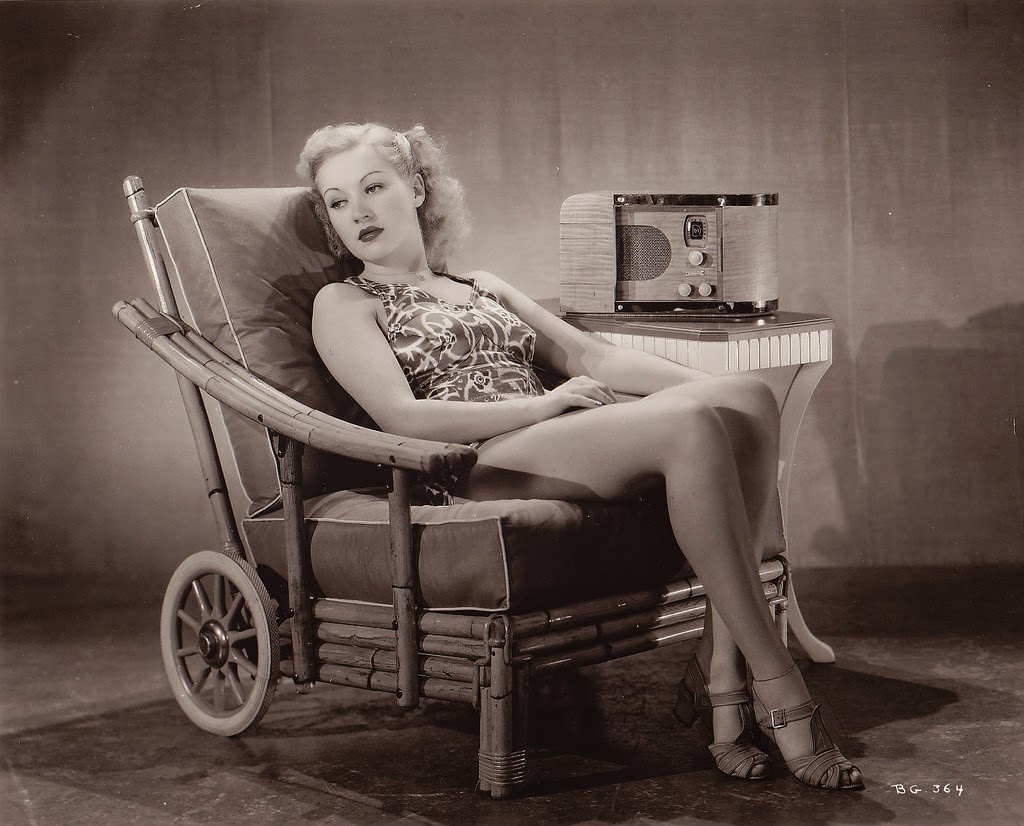 Betty Grable widescreen wallpapers
