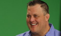 Billy Gardell widescreen wallpapers