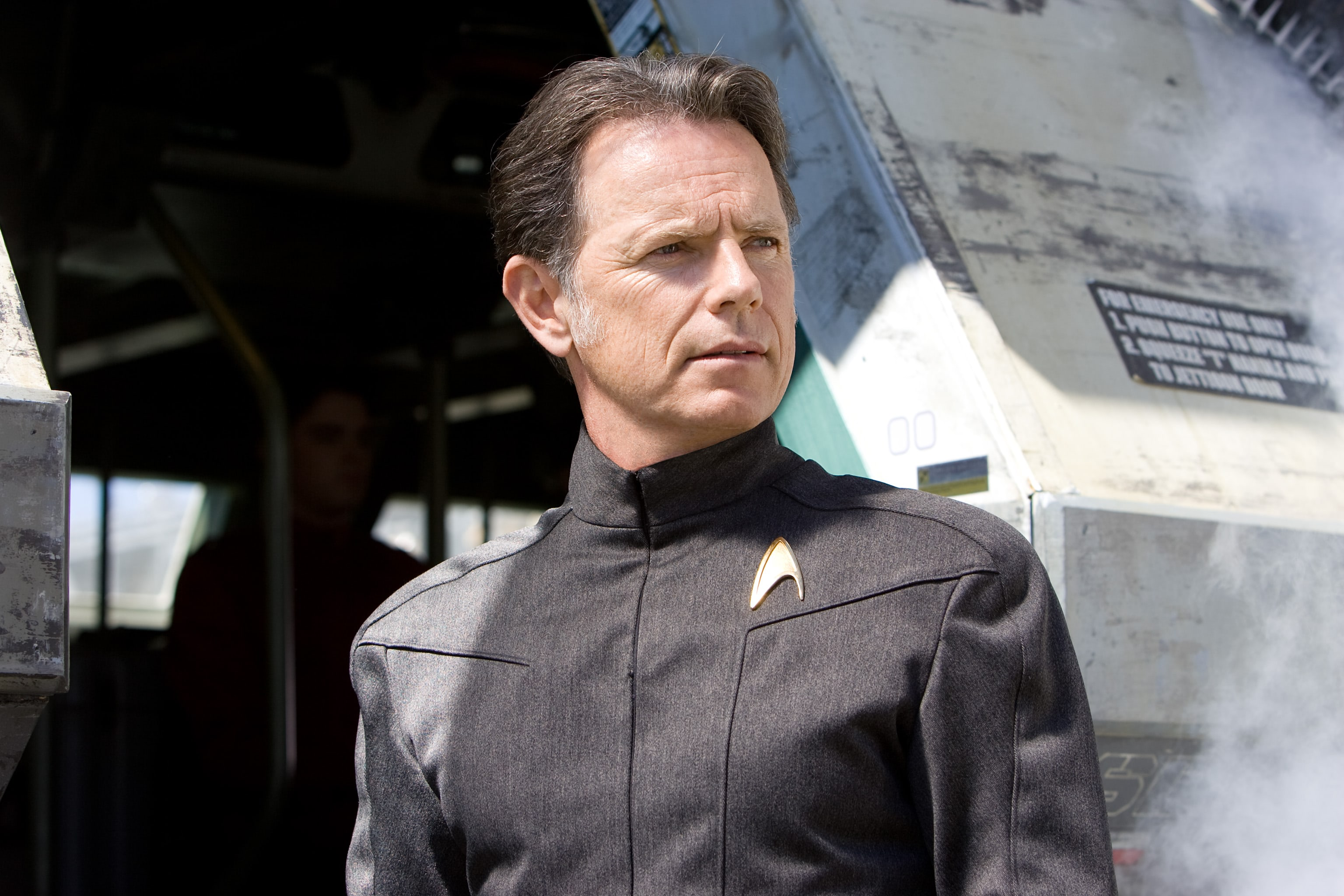 Bruce Greenwood widescreen wallpapers