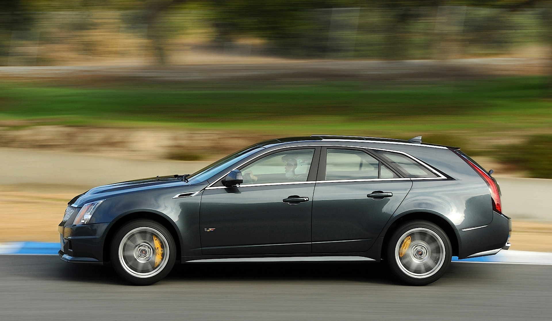 Cadillac CTS-V Wagon widescreen wallpapers