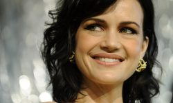 Carla Gugino widescreen wallpapers