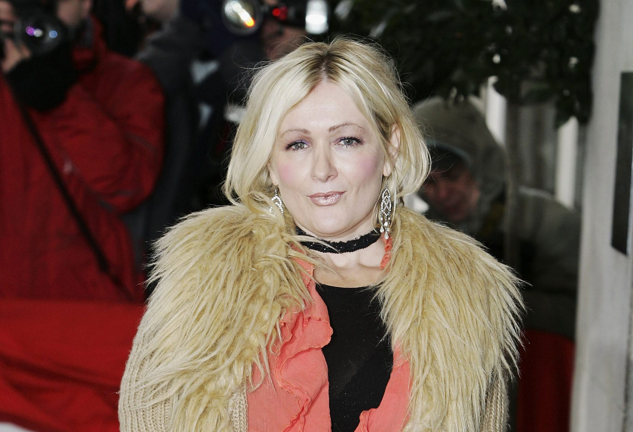 Caroline Aherne widescreen wallpapers