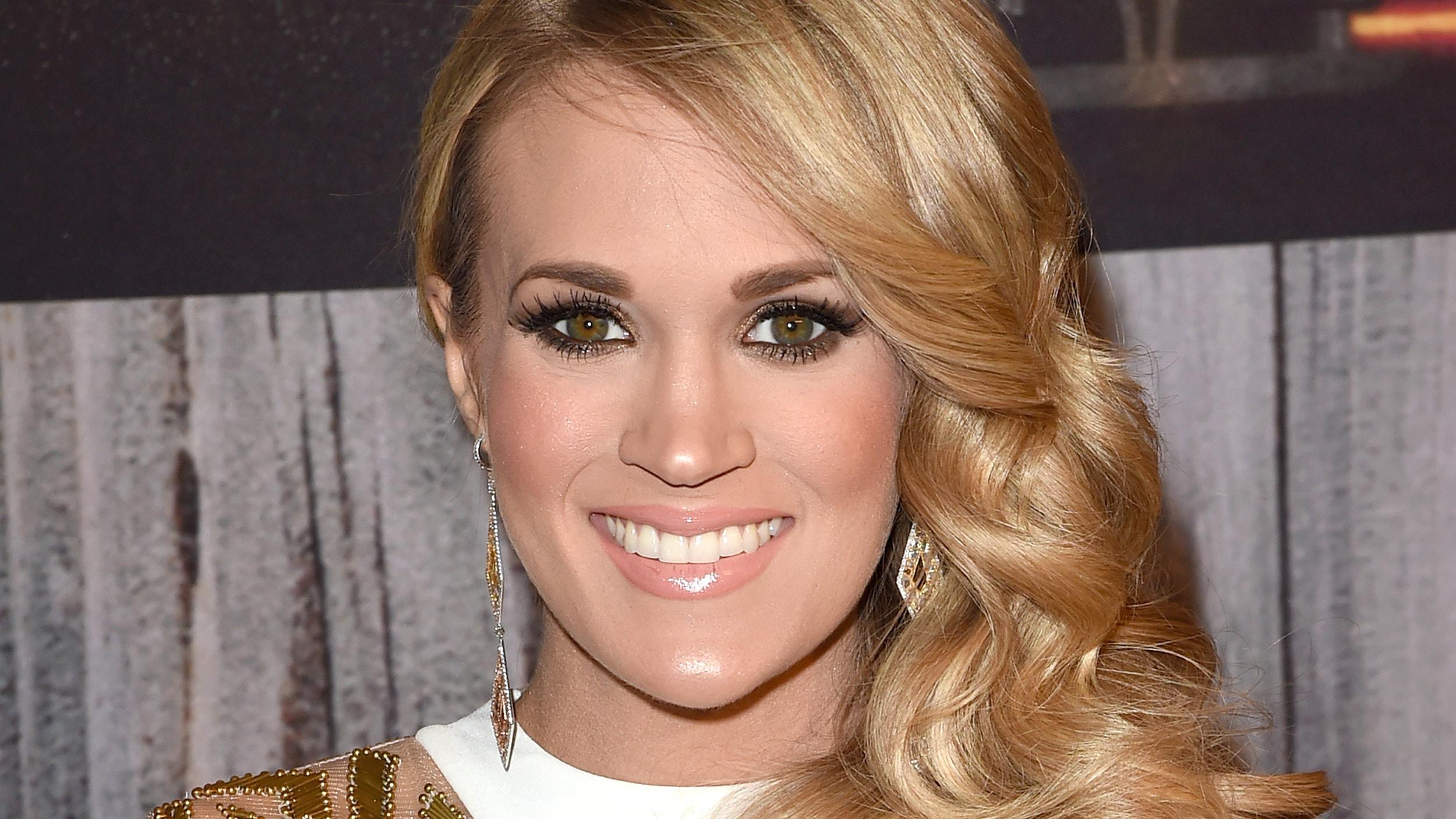 Carrie Underwood widescreen wallpapers
