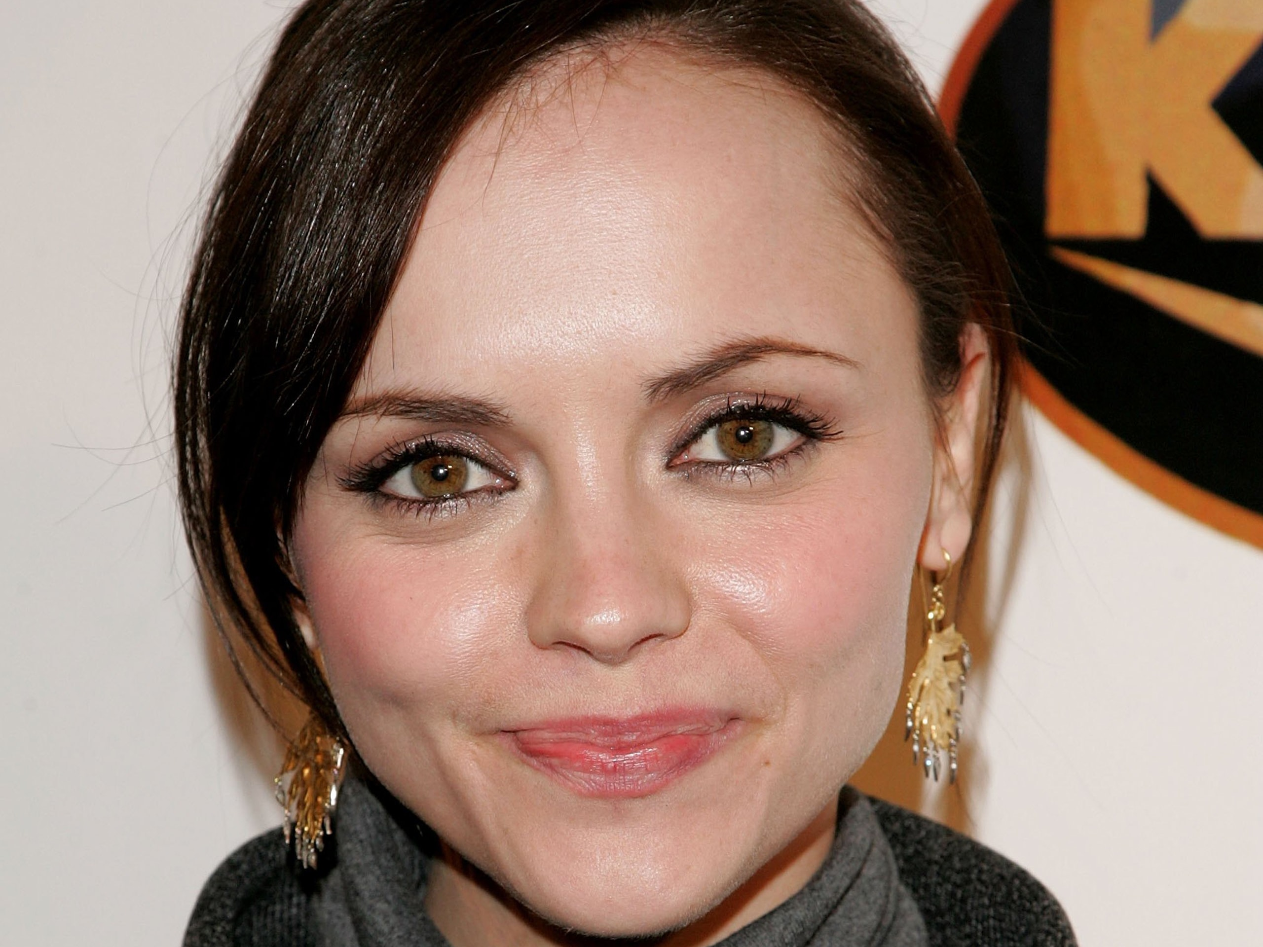 Christina Ricci widescreen wallpapers