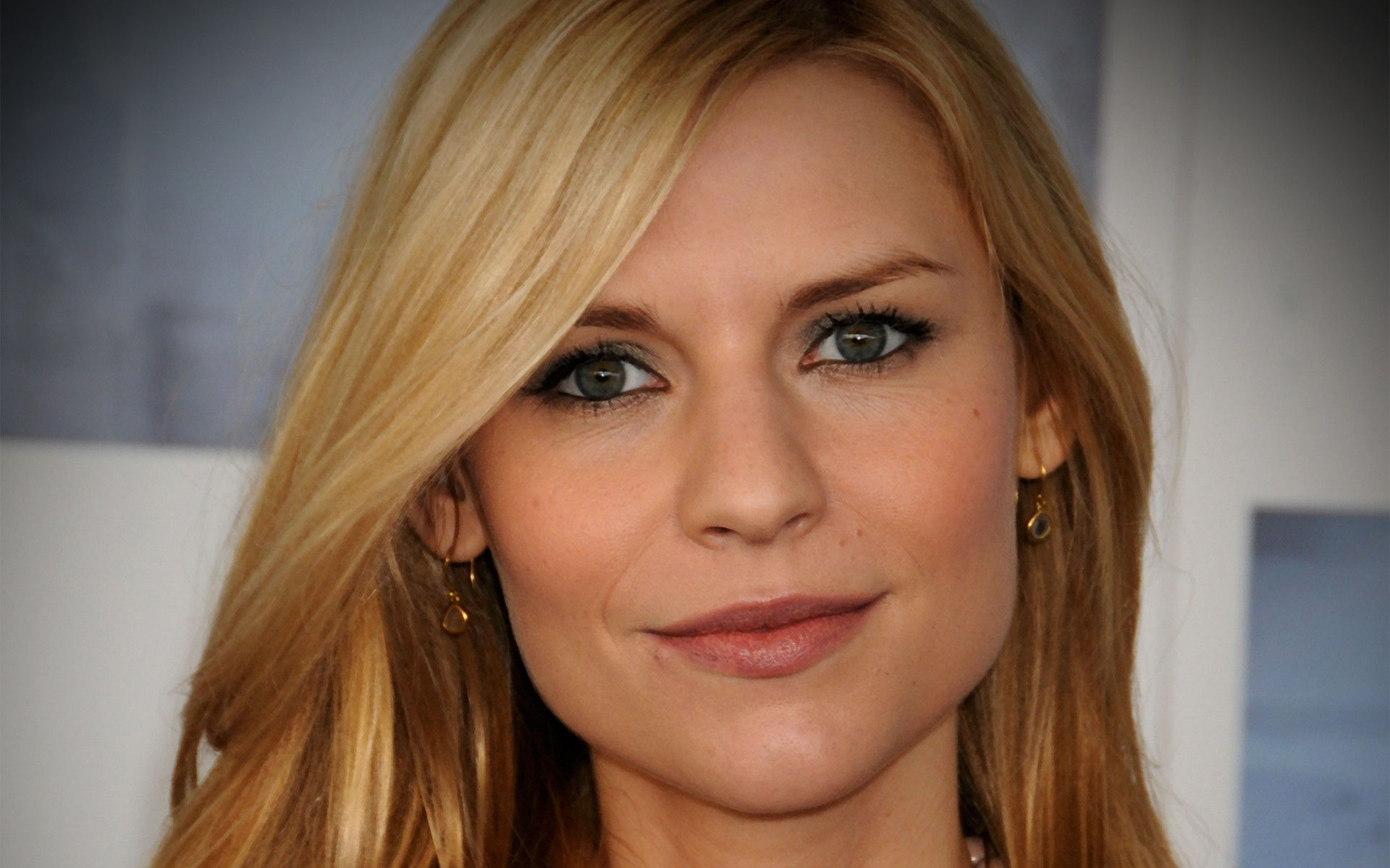 Claire Danes widescreen wallpapers