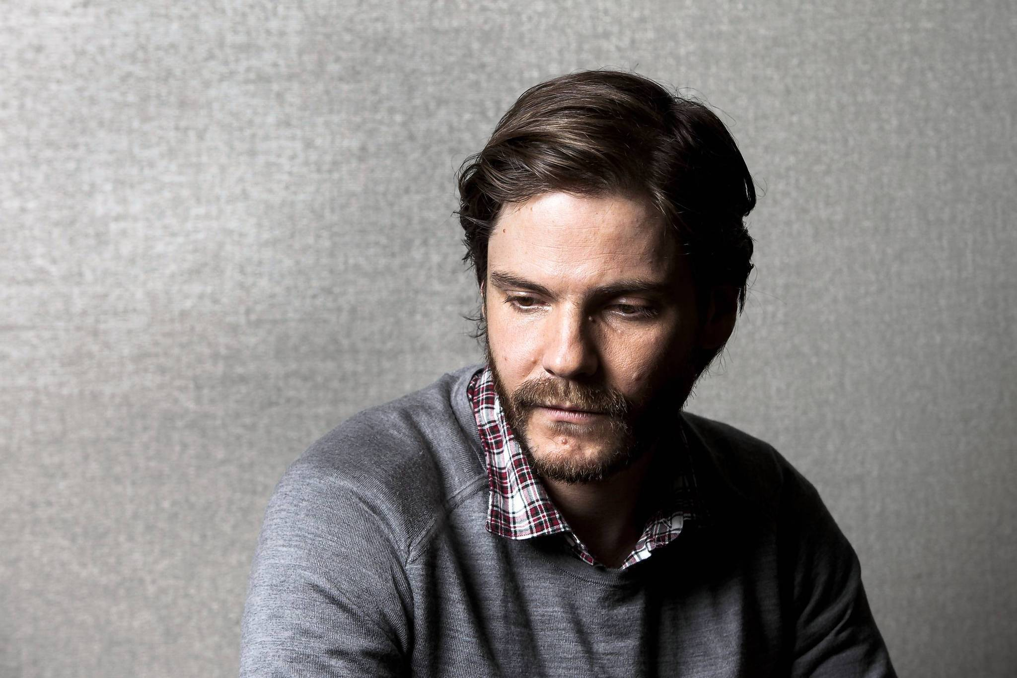 Daniel Bruhl widescreen wallpapers