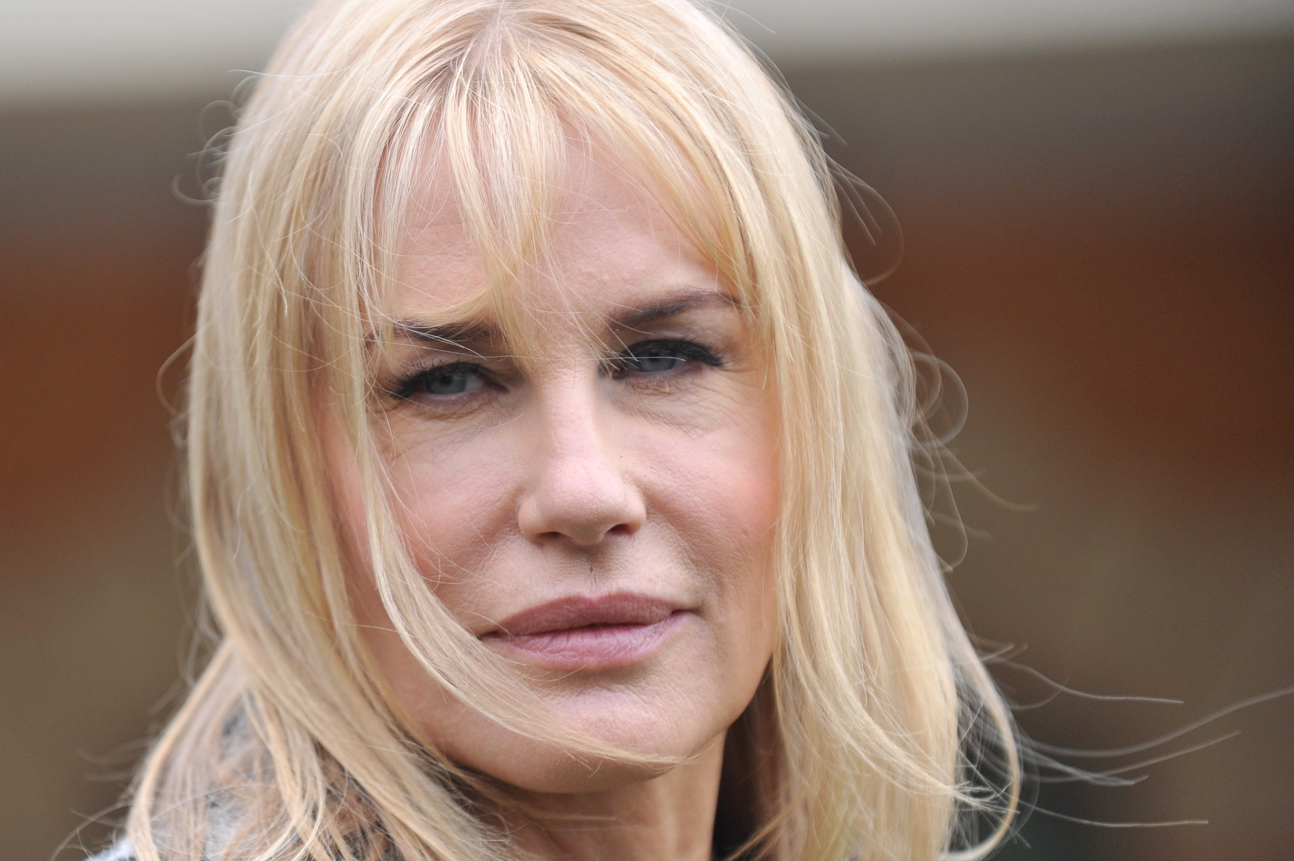 Daryl Hannah widescreen wallpapers
