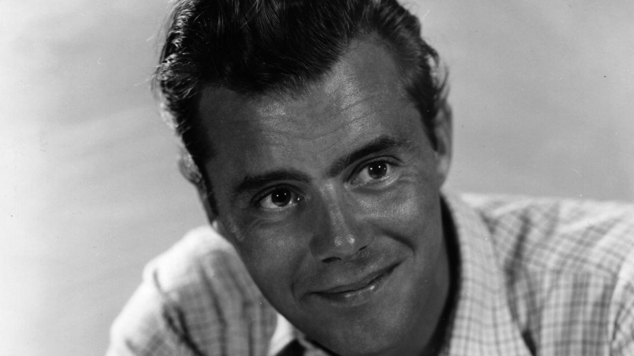 Dirk Bogarde widescreen wallpapers