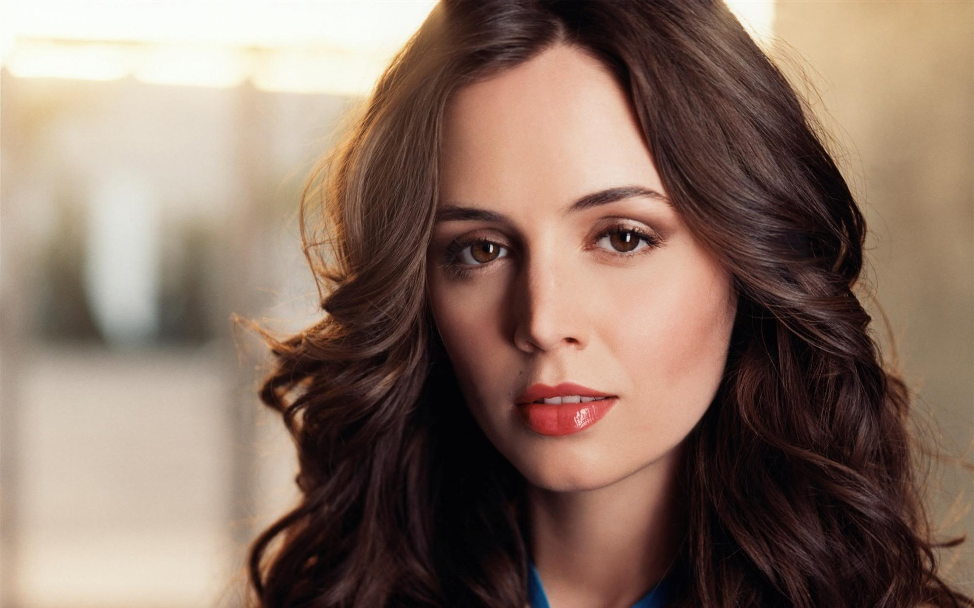 Eliza Dushku widescreen wallpapers