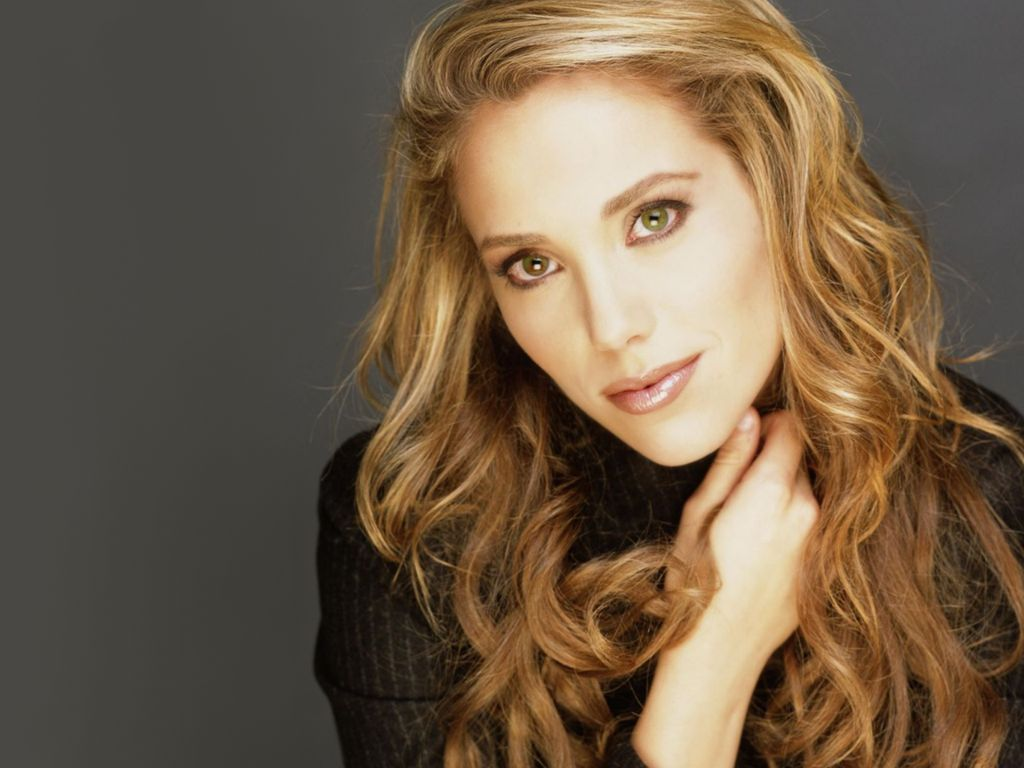 Elizabeth Berkley widescreen wallpapers