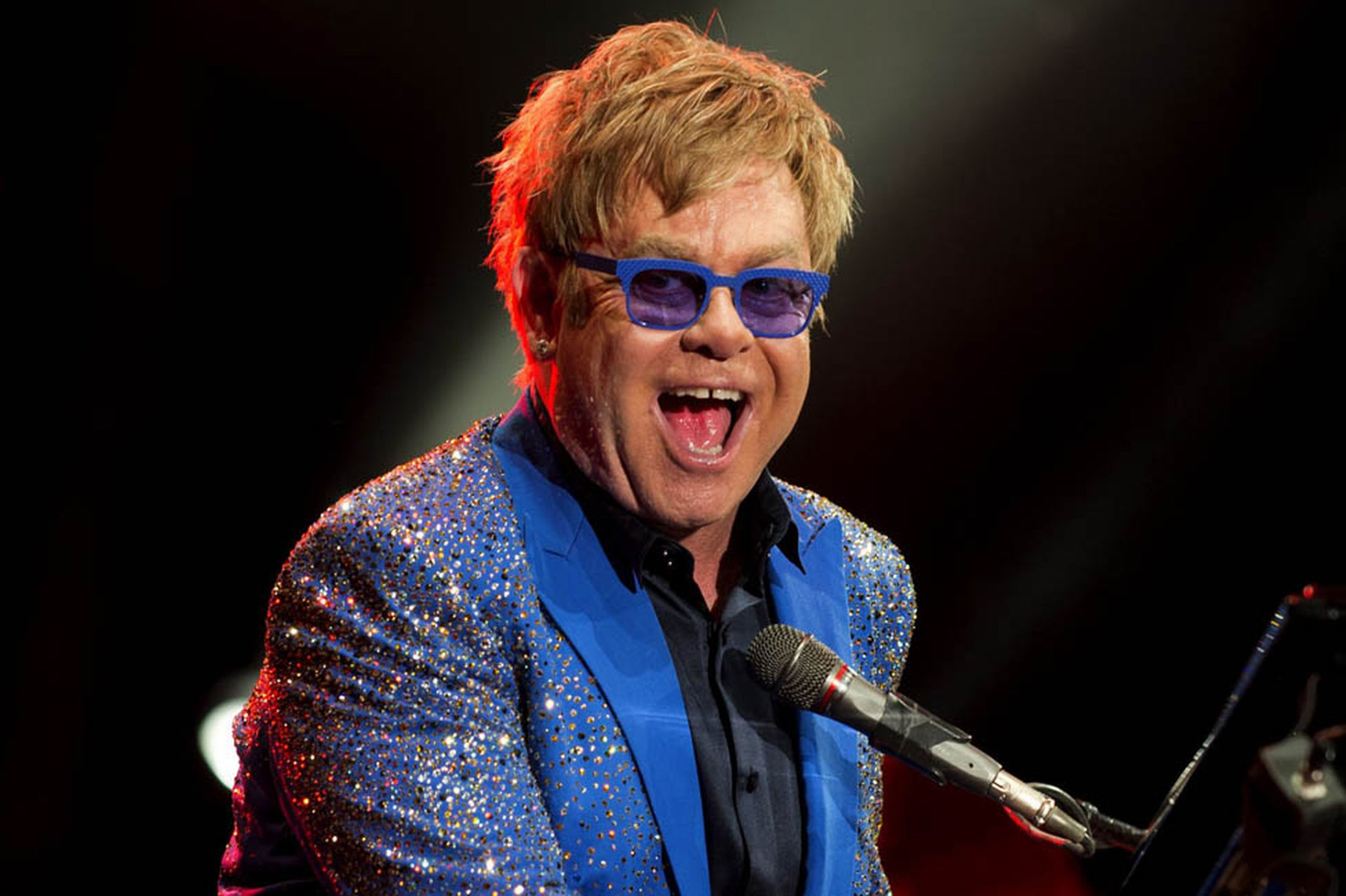 Elton John widescreen wallpapers
