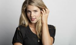 Emily Bett Rickards widescreen wallpapers