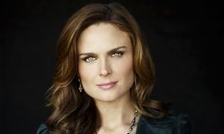 Emily Deschanel widescreen wallpapers