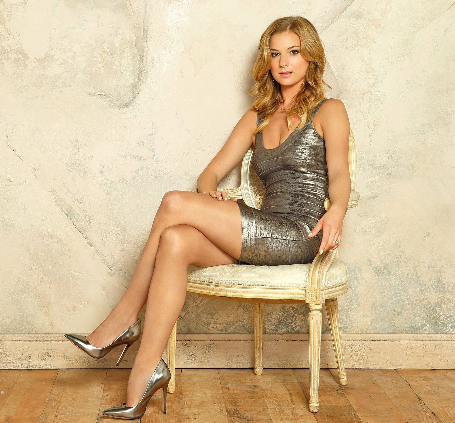 Emily Vancamp widescreen wallpapers