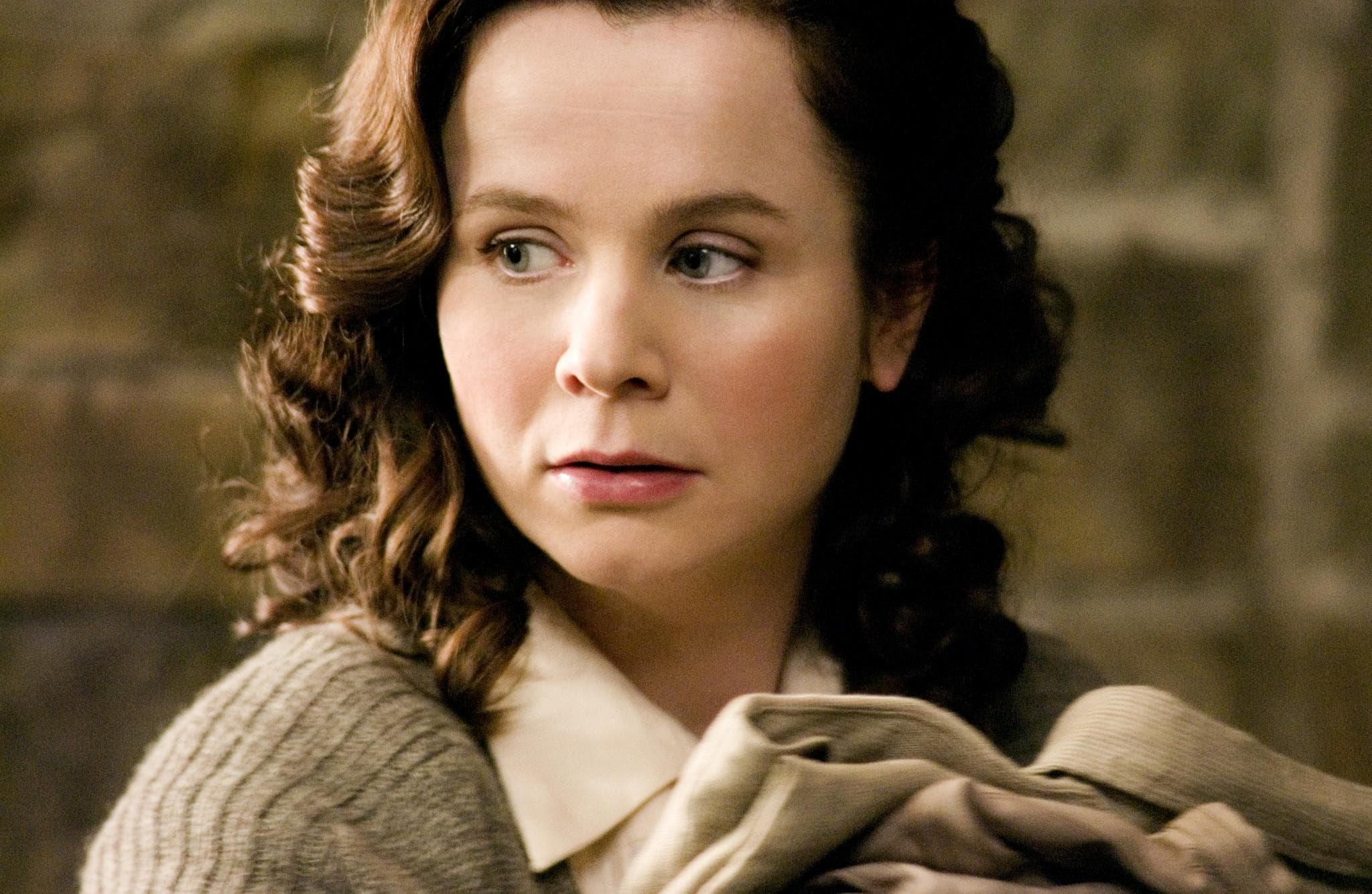 Emily Watson widescreen wallpapers