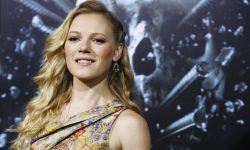 Emma Bell widescreen wallpapers