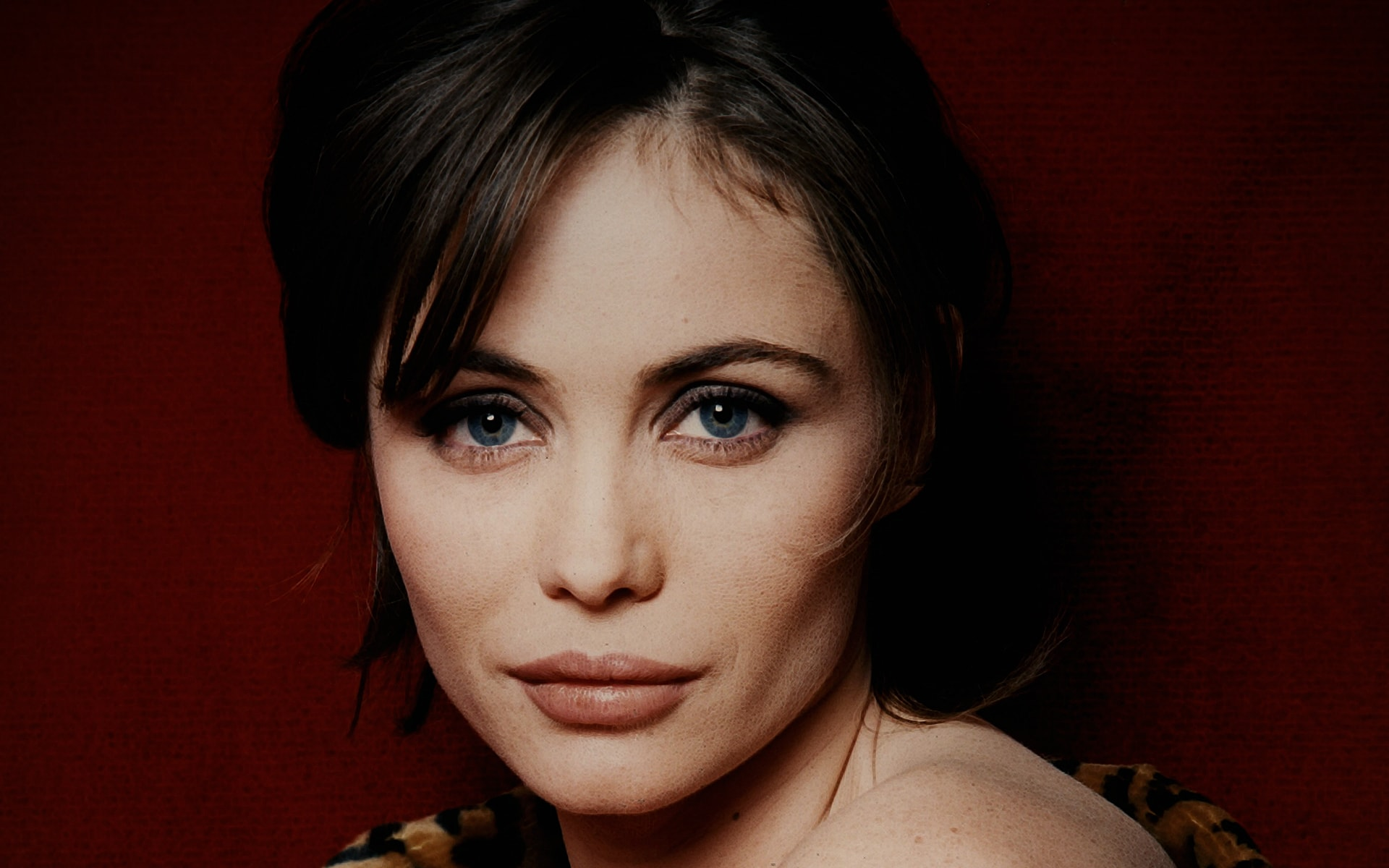 Emmanuelle Beart widescreen wallpapers