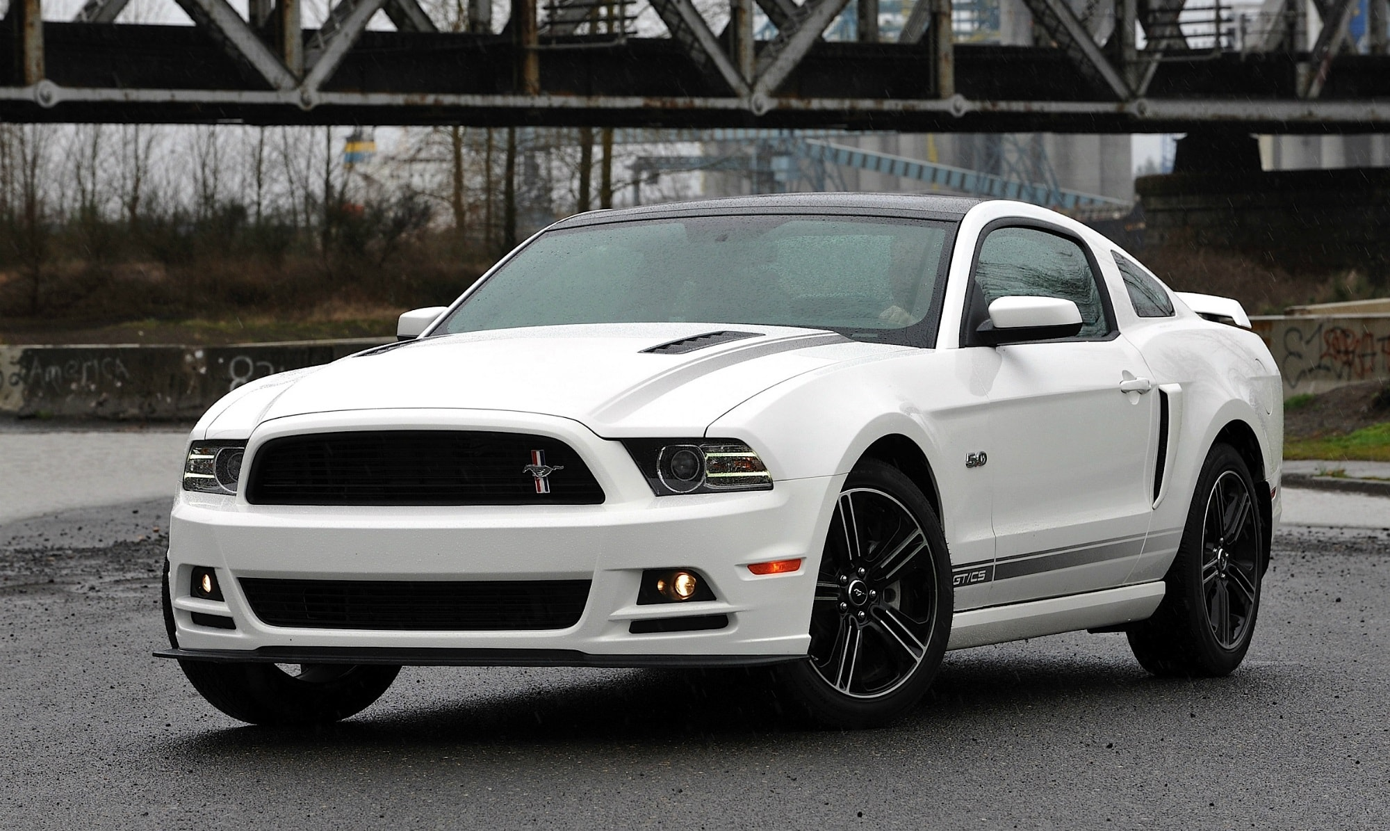 Ford Mustang GT widescreen wallpapers