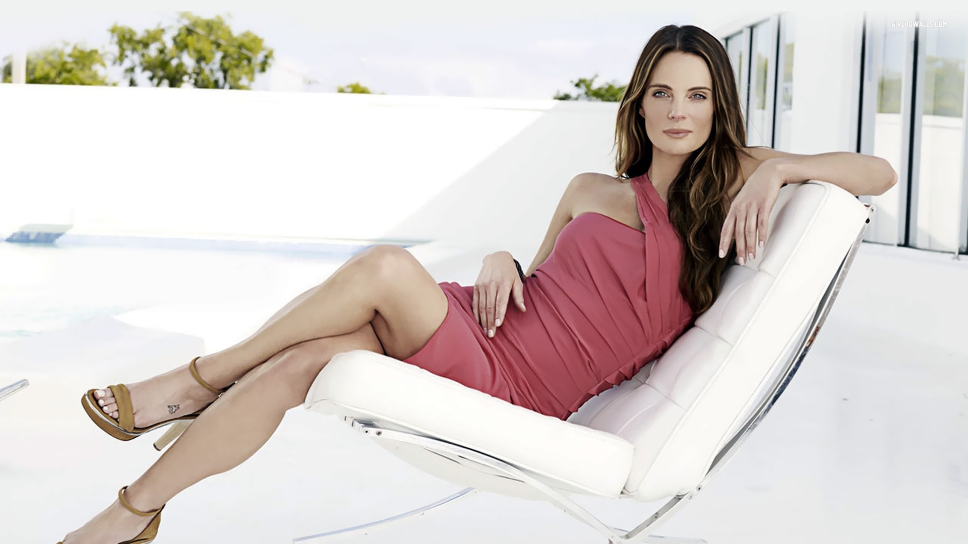 Gabrielle Anwar widescreen wallpapers