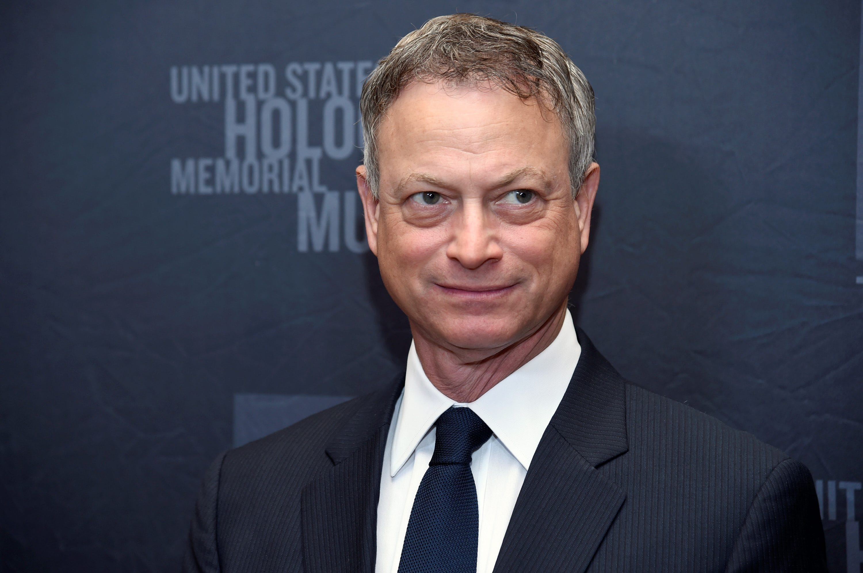Gary Sinise widescreen wallpapers