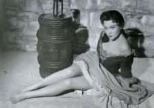 Glynis Johns widescreen wallpapers