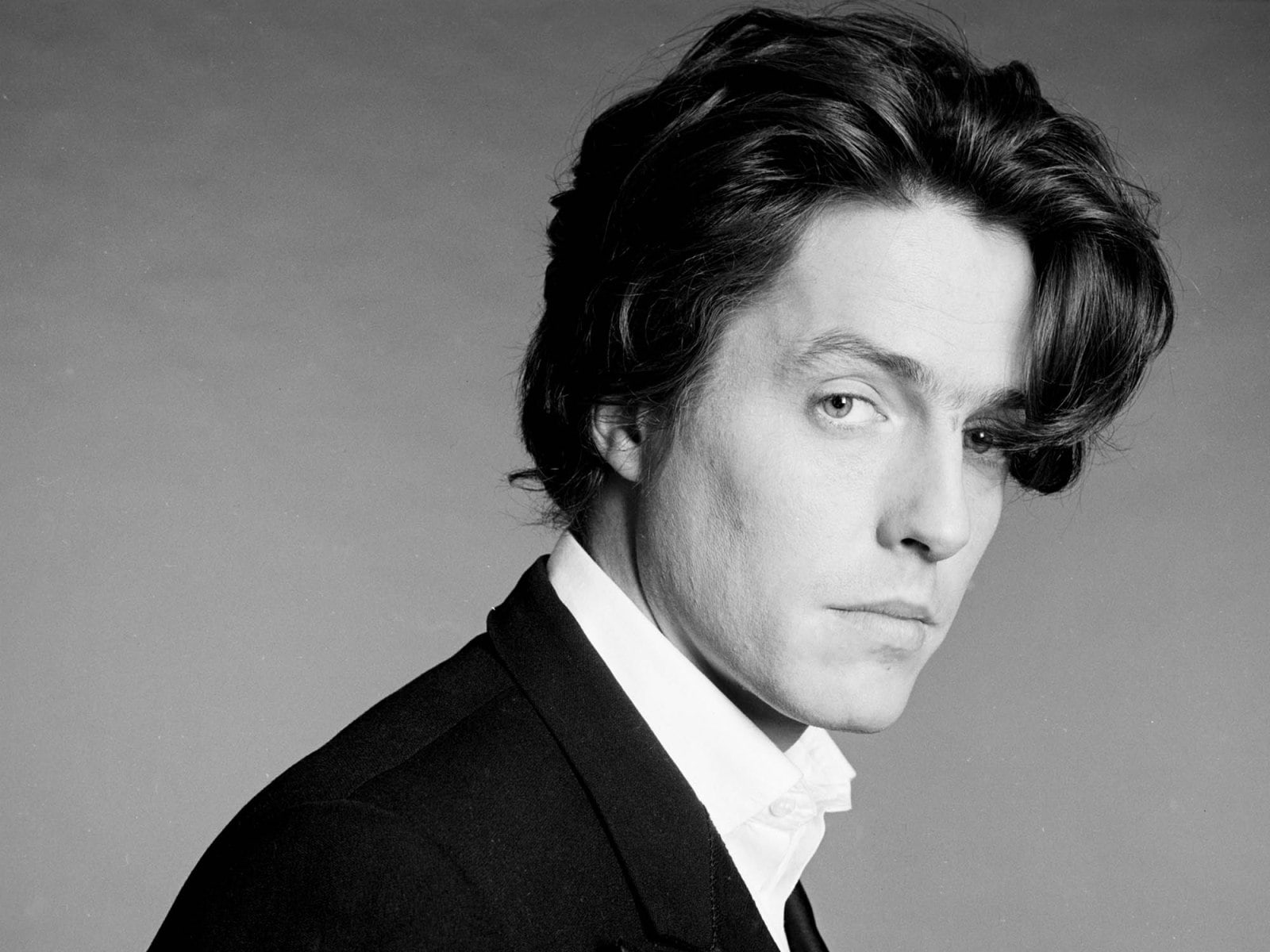 Hugh Grant widescreen wallpapers