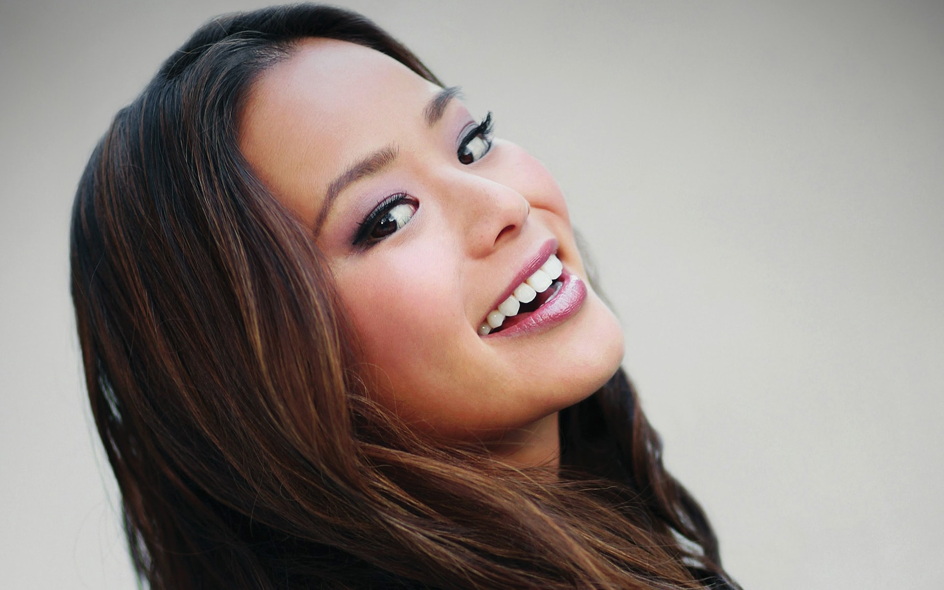 Jamie Chung widescreen wallpapers