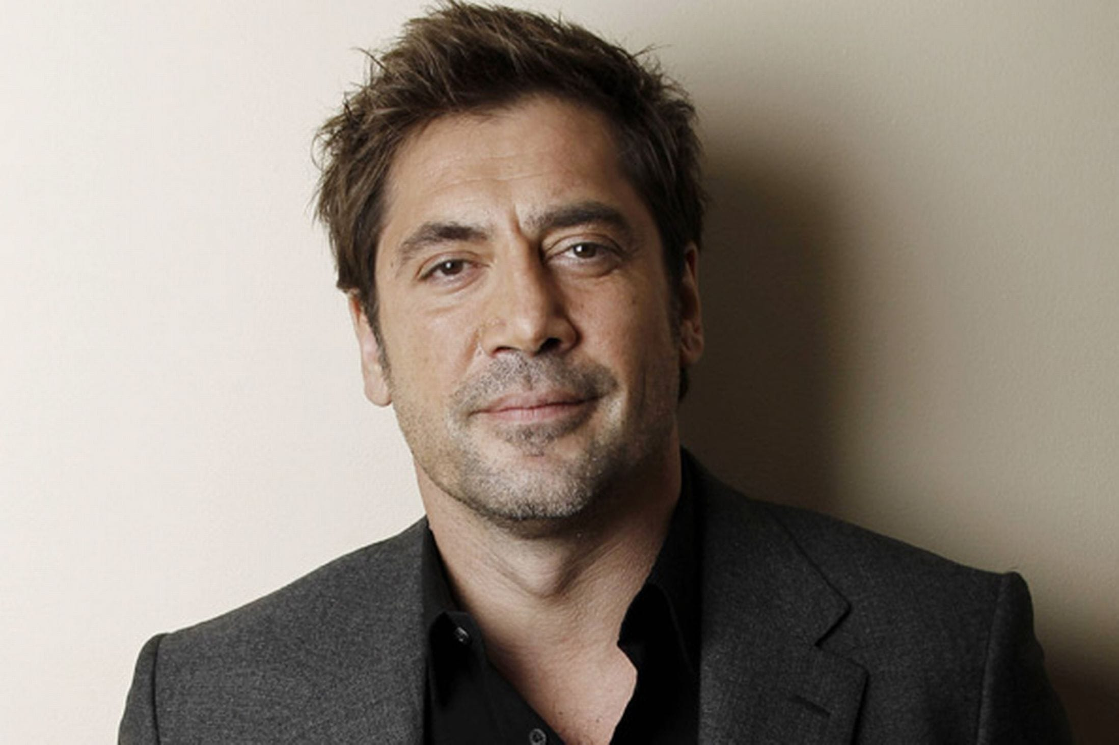 Javier Bardem widescreen wallpapers
