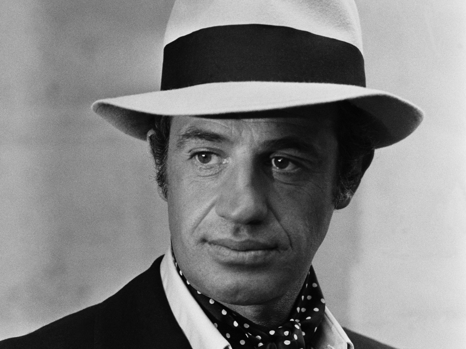 Jean-Paul Belmondo widescreen wallpapers