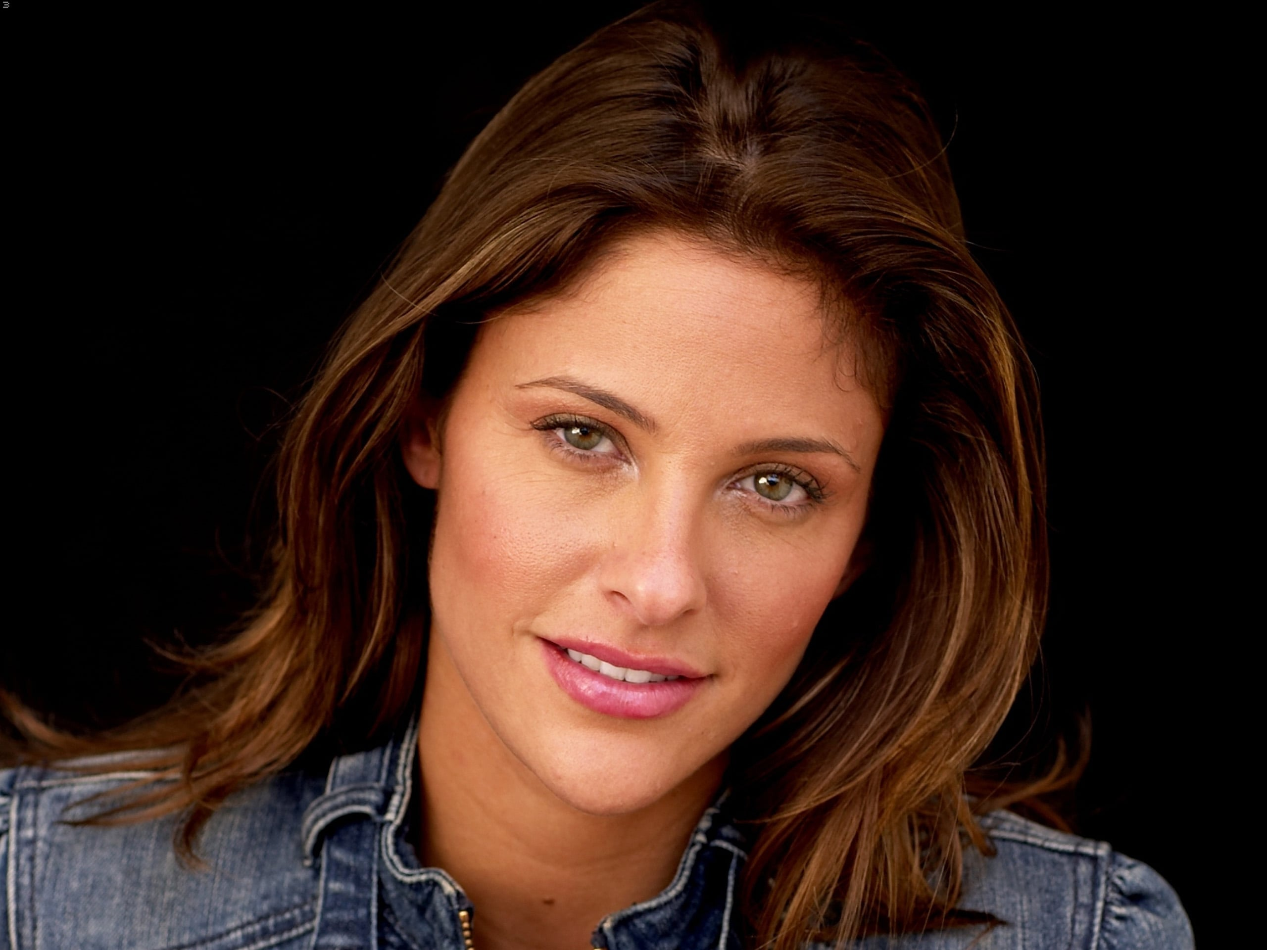 Jill Wagner widescreen wallpapers
