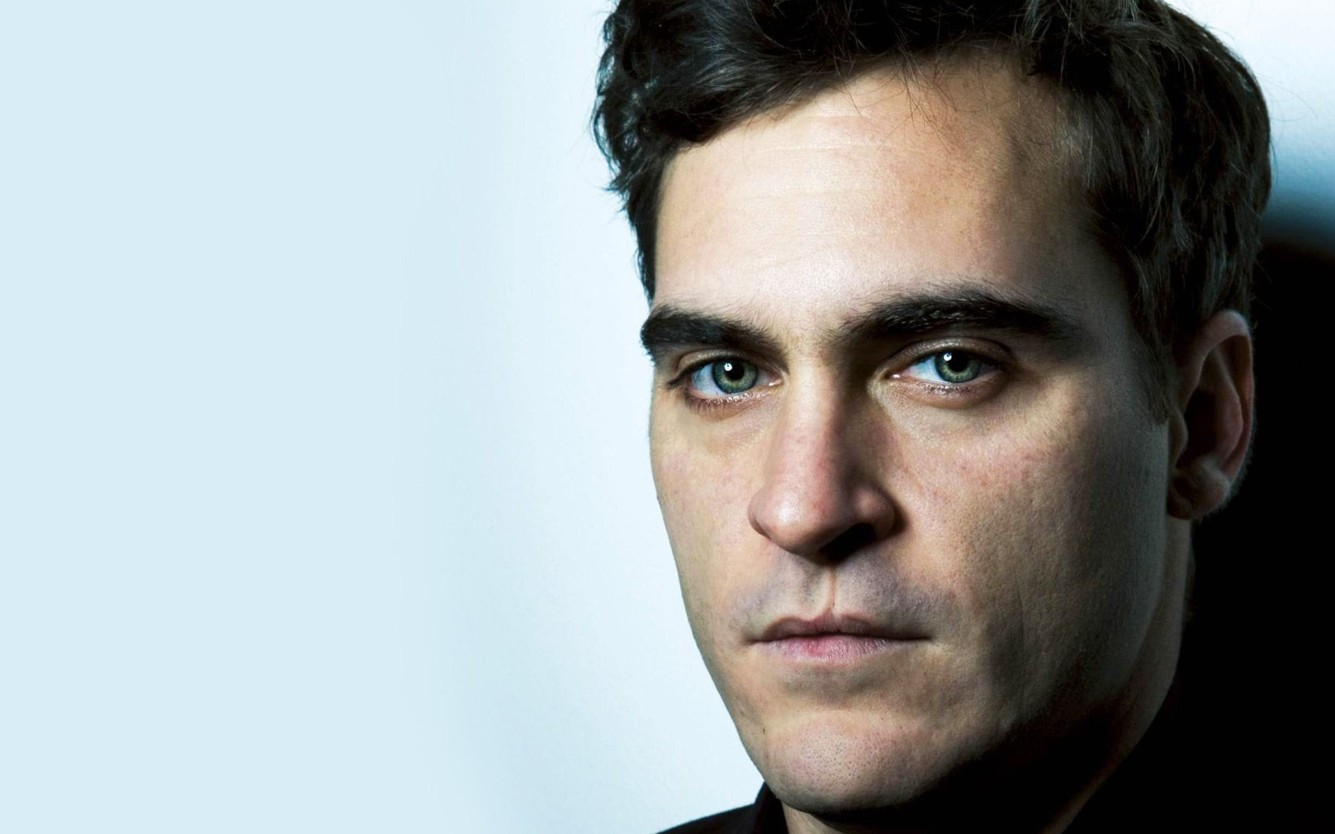 Joaquin Phoenix widescreen wallpapers