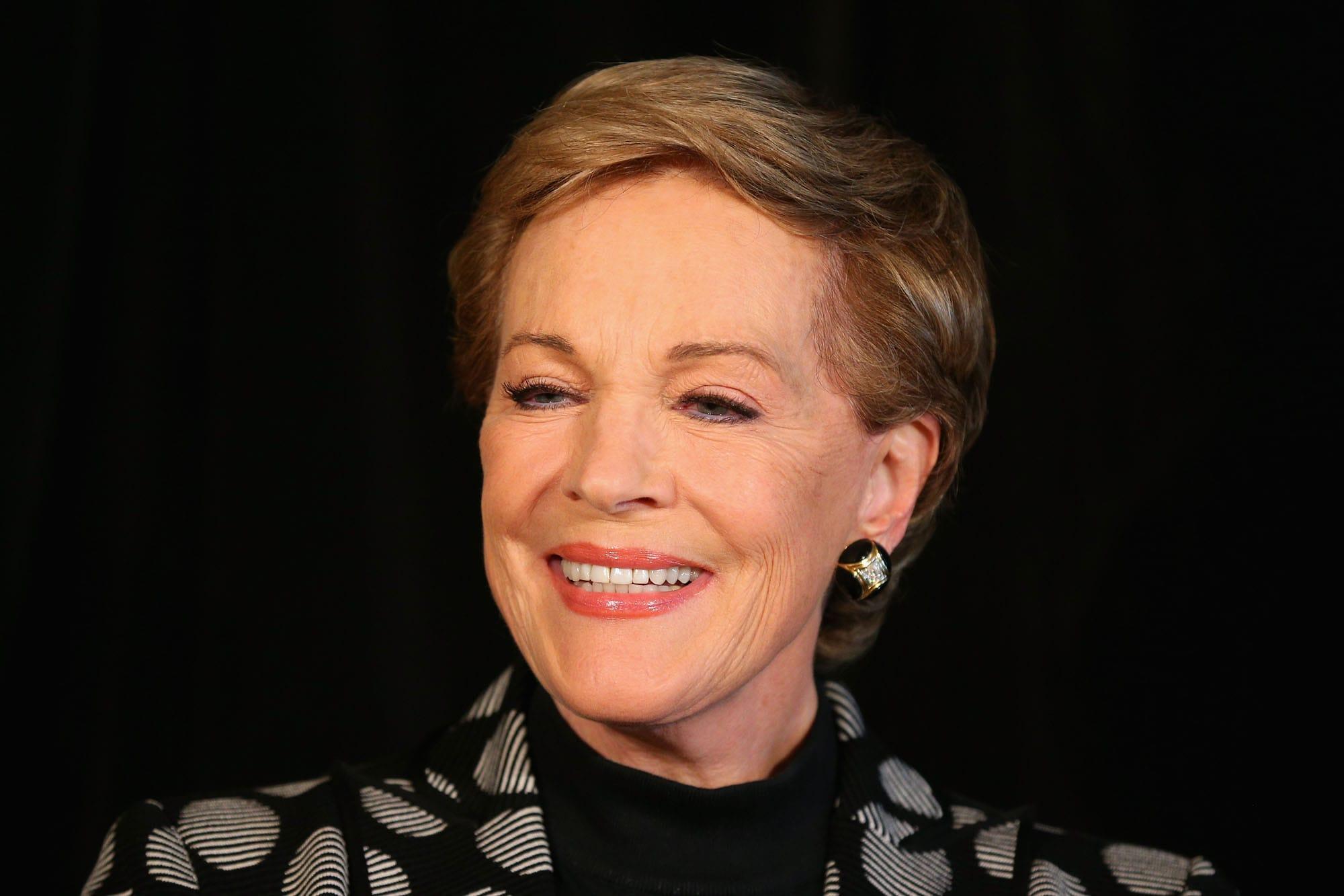 Julie Andrews widescreen wallpapers