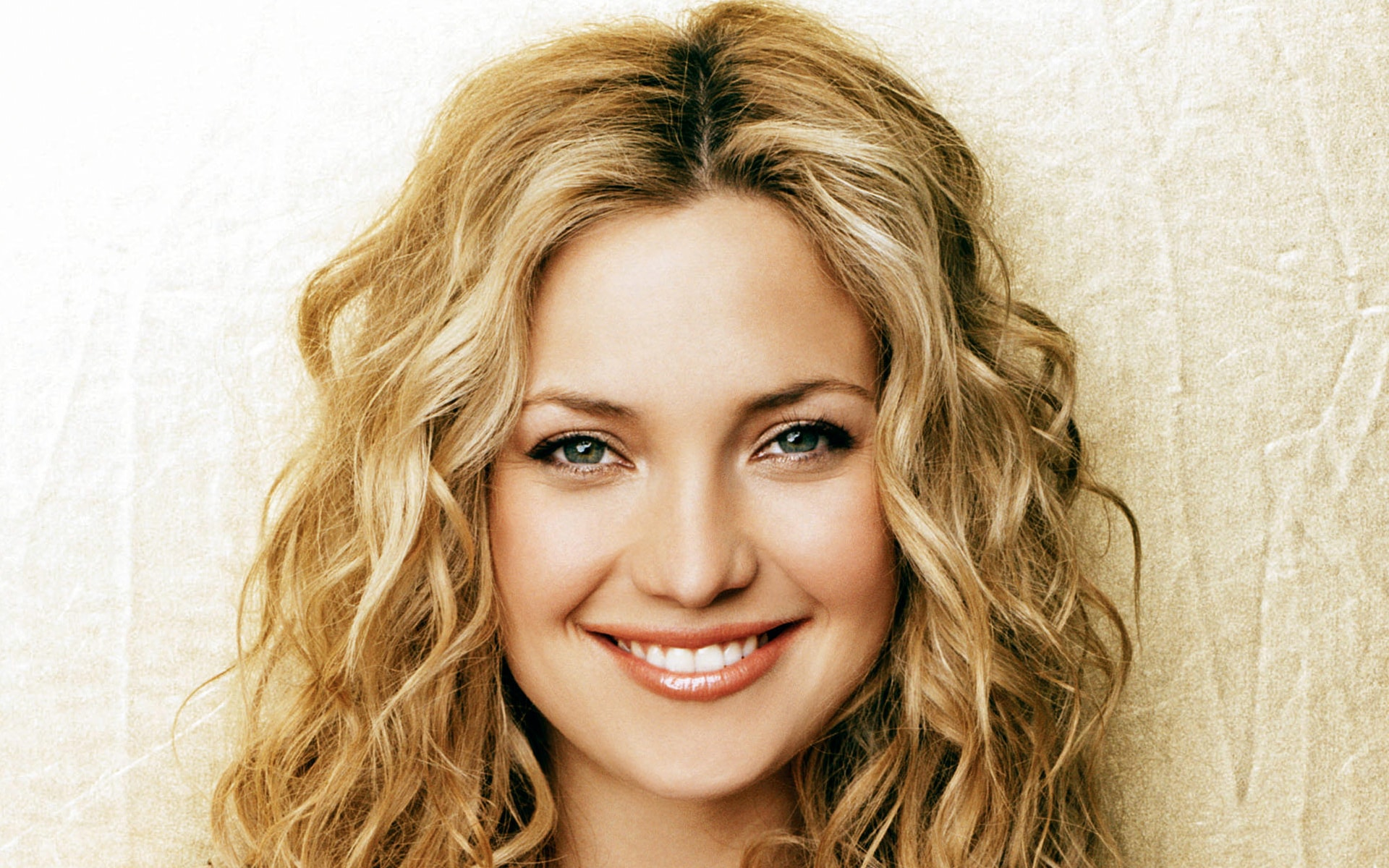 Kate Hudson widescreen wallpapers