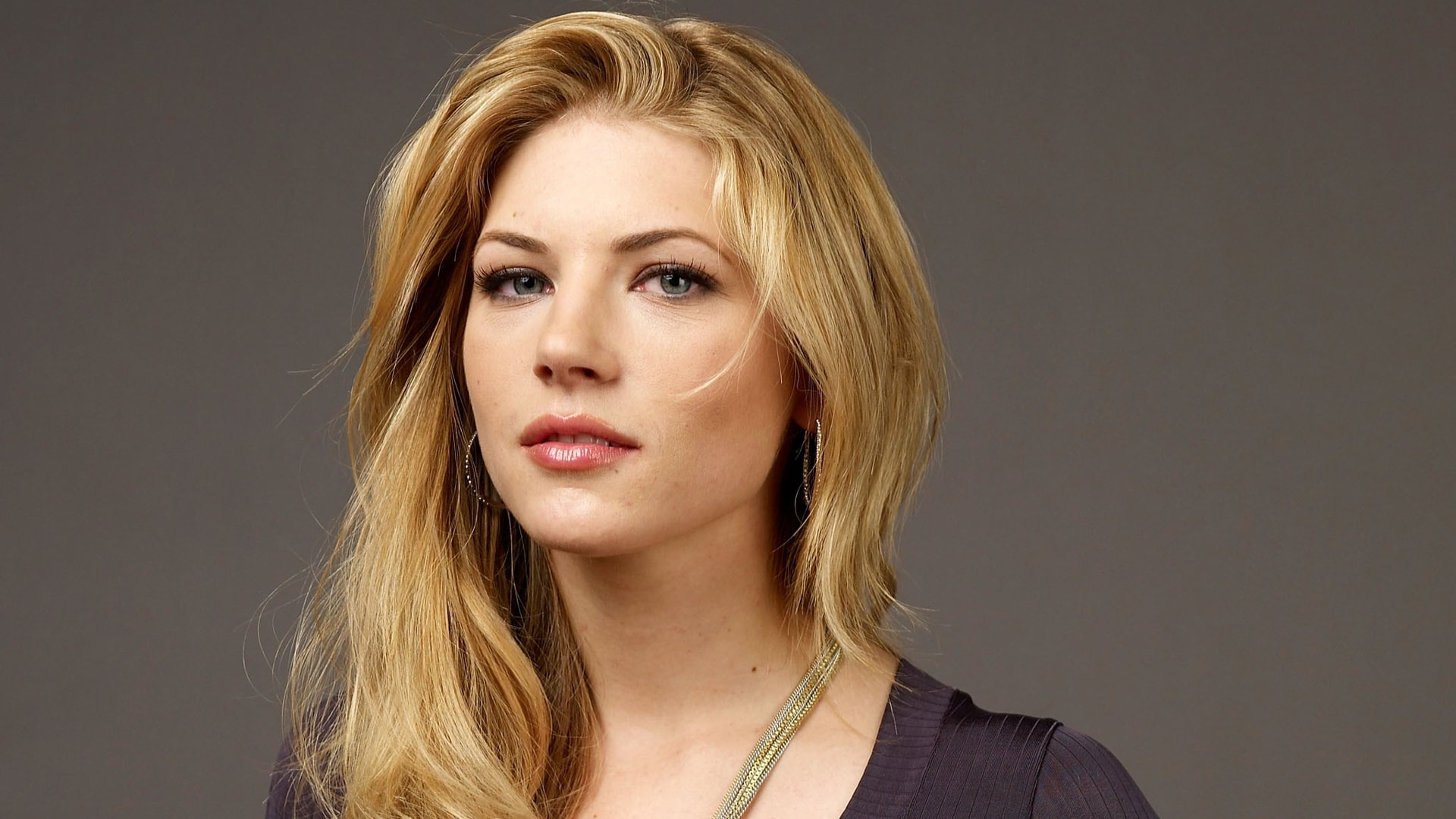 Katheryn Winnick widescreen wallpapers
