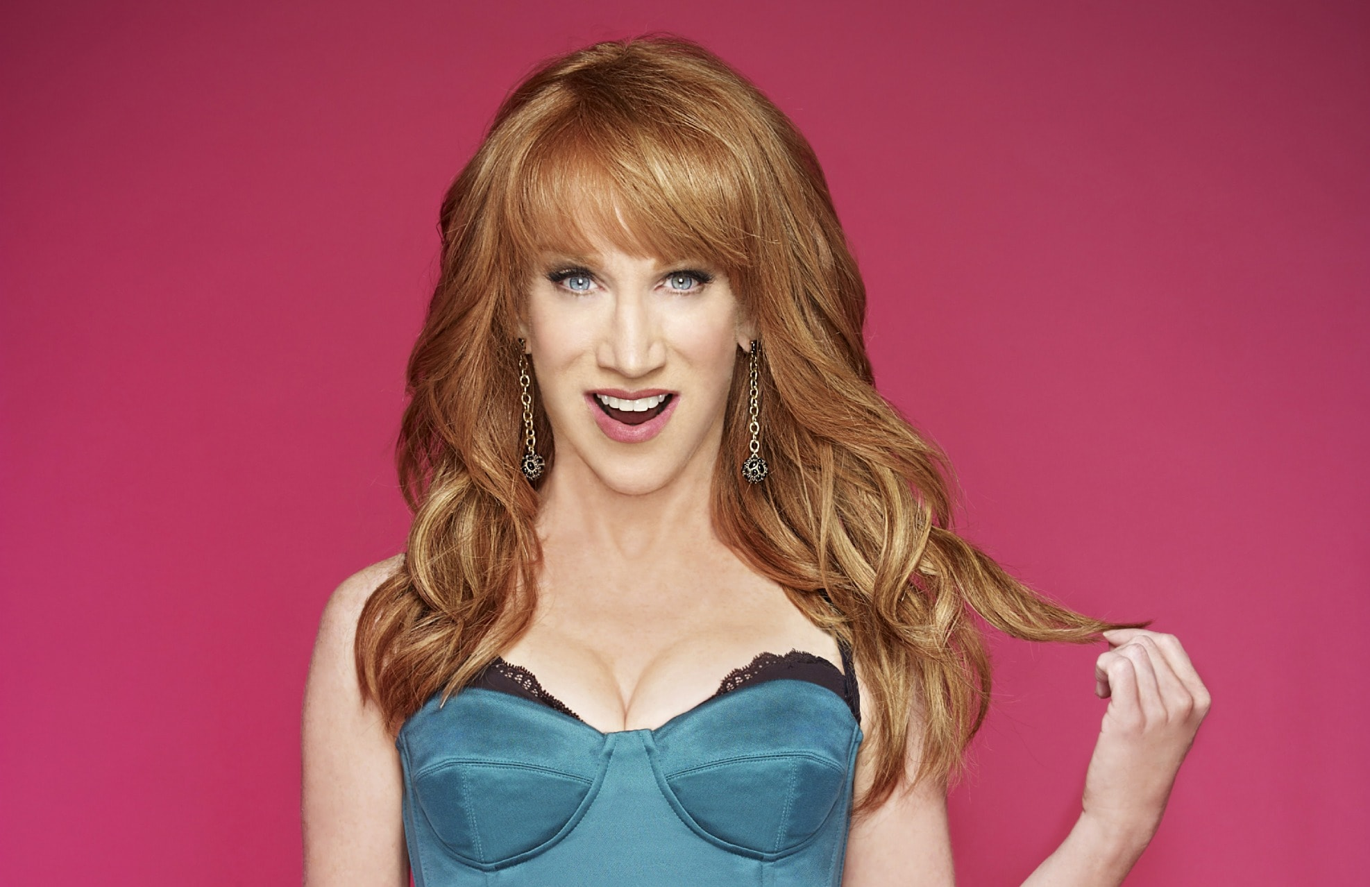 Kathy Griffin widescreen wallpapers