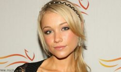 Katrina Bowden widescreen wallpapers