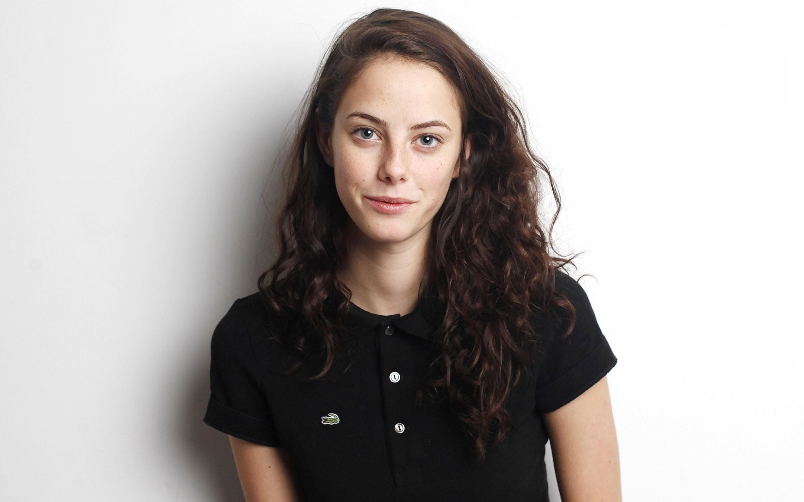 Kaya Scodelario widescreen wallpapers