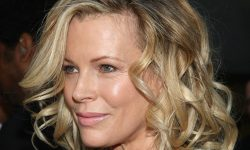 Kim Basinger widescreen wallpapers