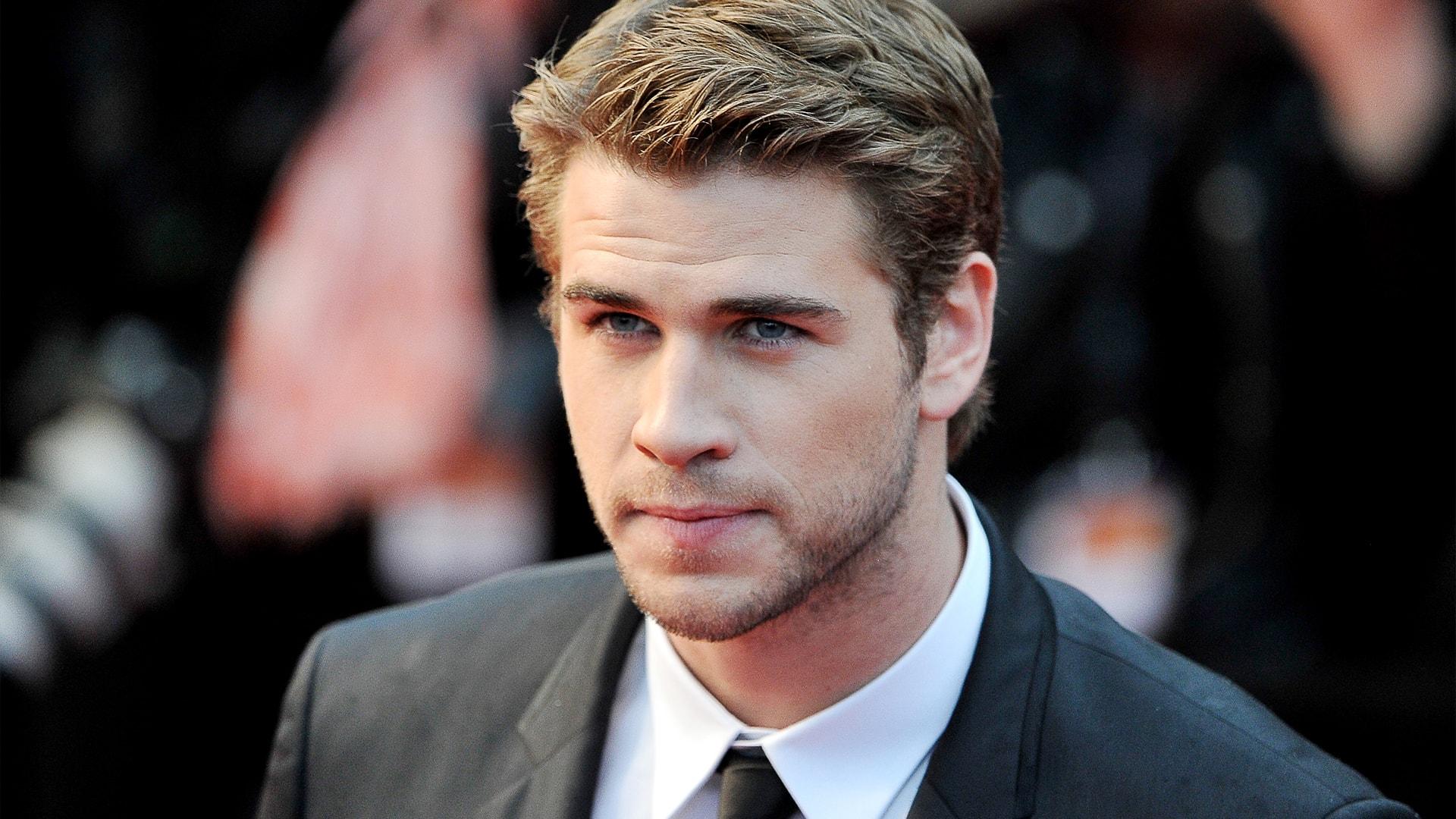 Liam Hemsworth widescreen wallpapers