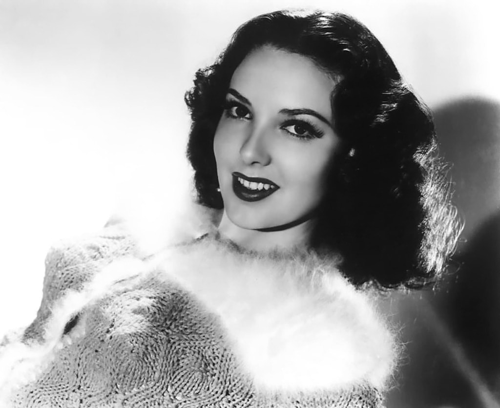 Linda Darnell widescreen wallpapers