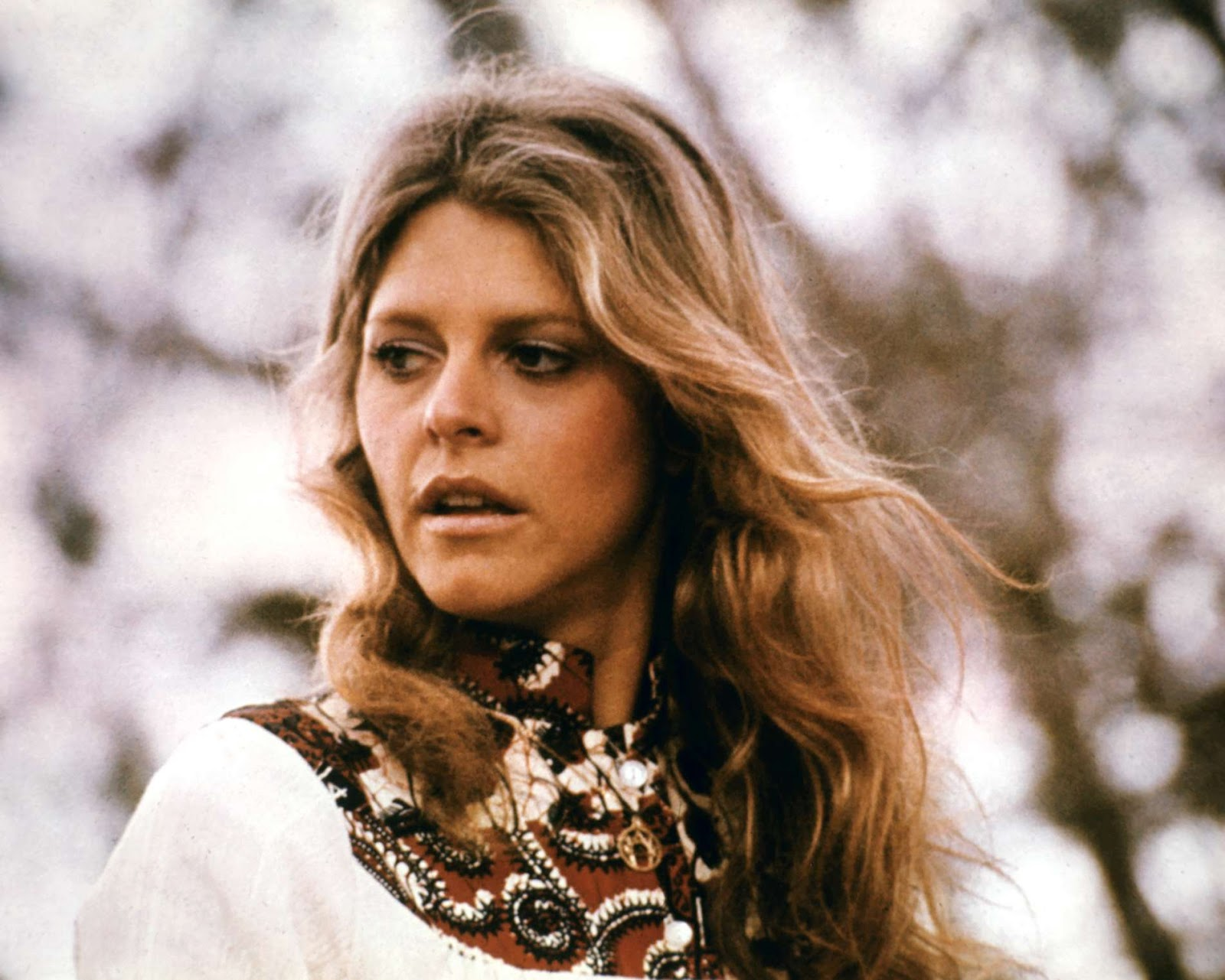 Lindsay Wagner widescreen wallpapers