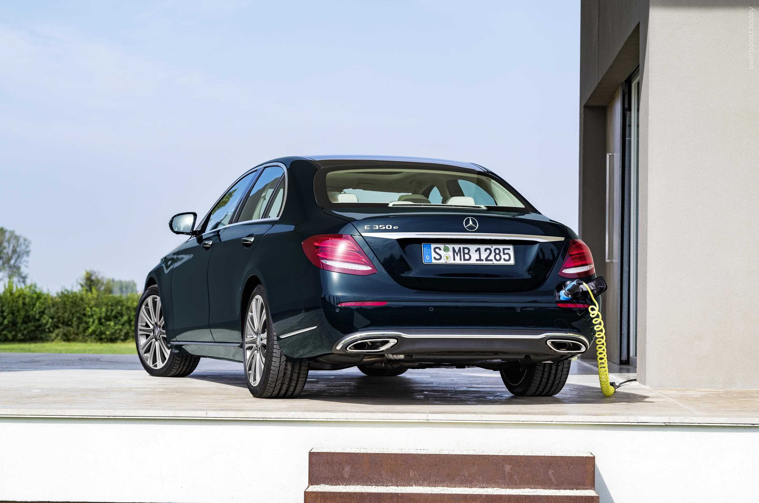 Mercedes E-Class W213 widescreen wallpapers